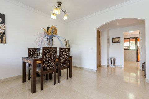 Apartment for sale in Buenas Noches, Malaga, Spain, 2 bedrooms, 104.54m2, No. 2725 – photo 9