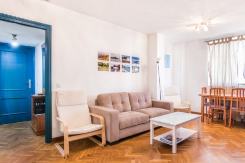 Apartment for sale in Madrid, Spain, 2 bedrooms, 60.00m2, No. 2374 – photo 1