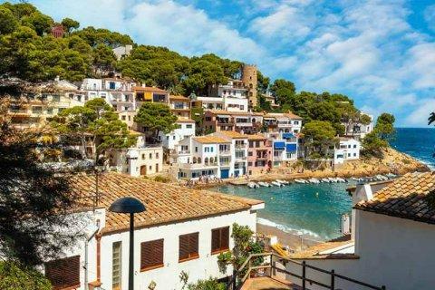European millionaires are buying real estate in Mallorca