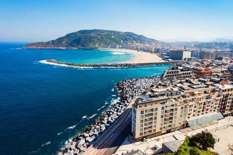 Culmia puts into operation 15 luxury houses in the historic center of San Sebastian