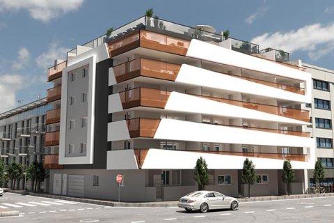 Development in Torrevieja, Alicante, Spain No.30504 – photo 1